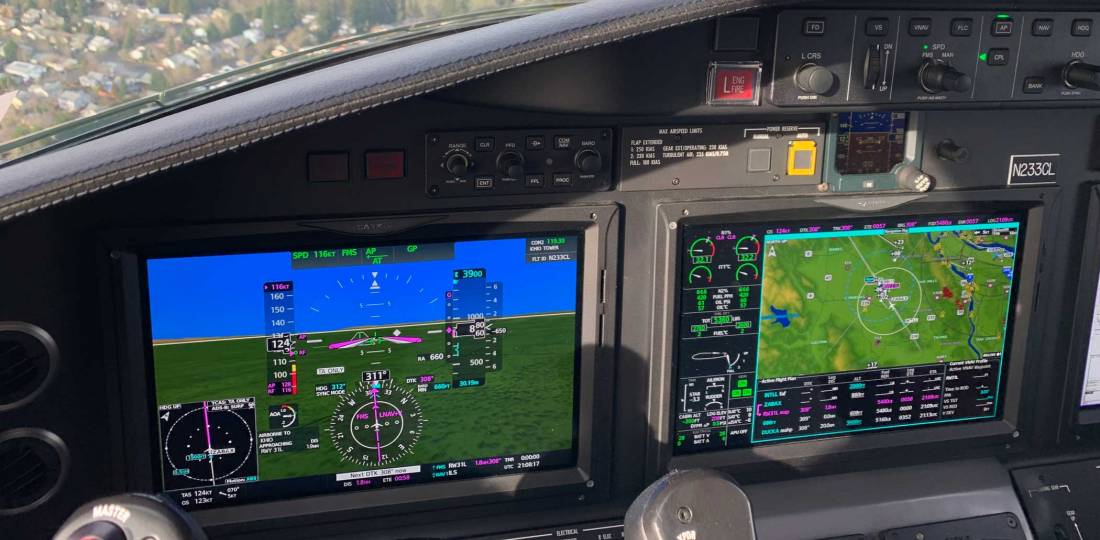 On final for the Runway 31L RNAV approach to KHIO with autothrottles and autopilot engaged, ready for the test of the coupled go-around capability. Photo: Matt Thurber