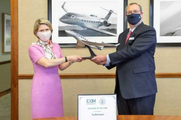 Exim chair Kimberly Reed, Ira Berman, Gulfstream senior v-p for administration and general counsel (Photo: Exim)